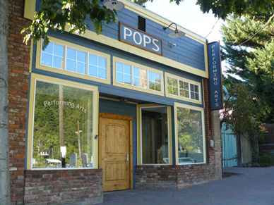 Pops is located in the heart of the historic district steps away from the Amtrak Train Station and the Sacramento River.
